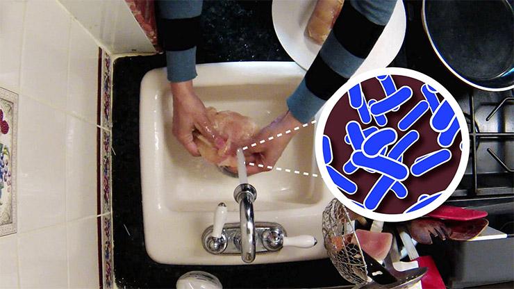 nyers-hus-mosasa-ee4d43ee24 Ezt soha ne csináld a nyers hússal sütés előtt!