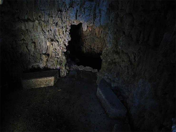 szobor-titkos-szoba