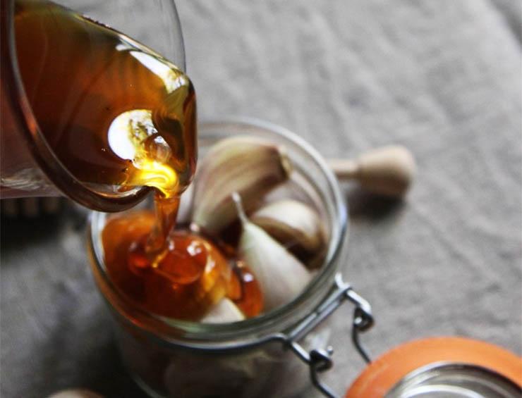 fokhagymas-mezes-tea