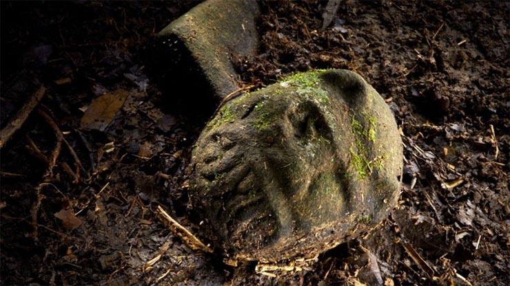maja-szobrocska