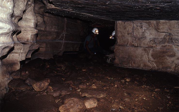 tayos-barlang-4
