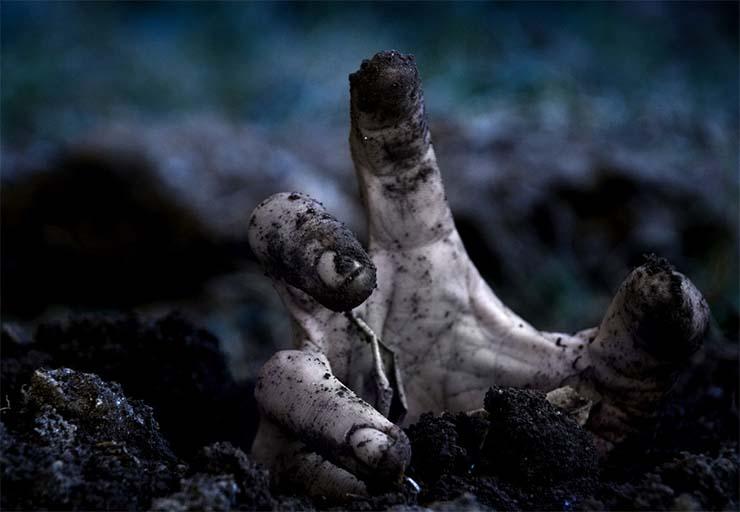 zombi-kez