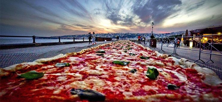 a-vilag-leghosszabb-pizzaja