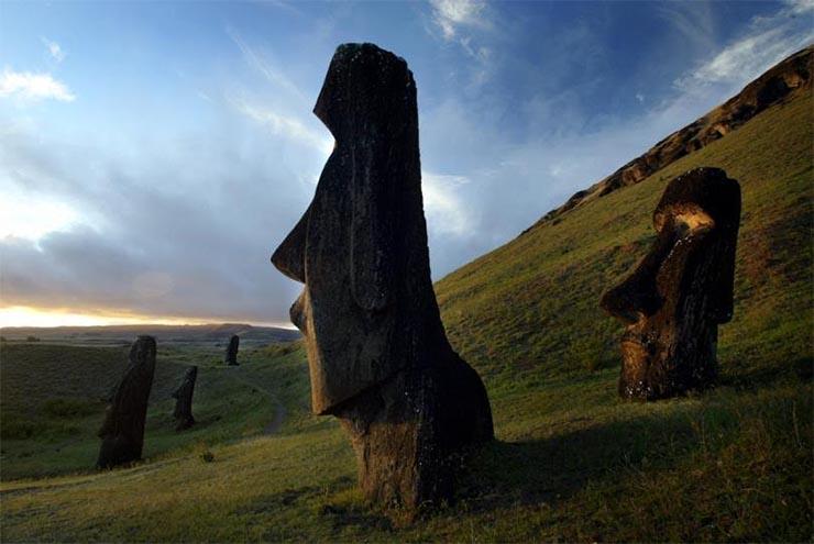 husvet-szigetek-szobrok