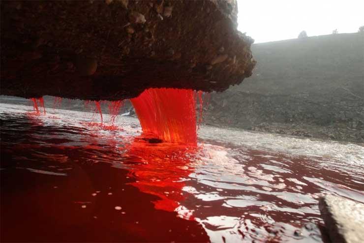 kemiai-anyaggal-szennyezett-viz