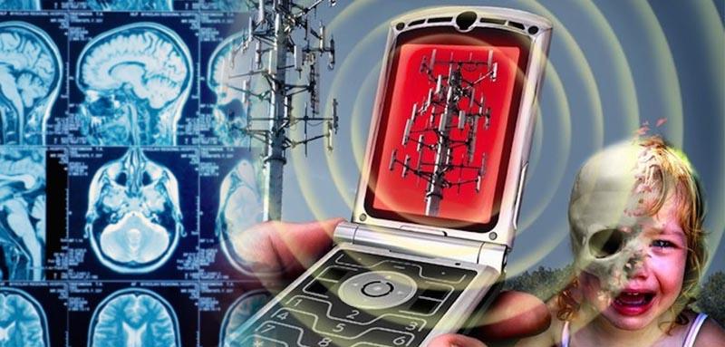 rakot-okoz-a-mobiltelefon