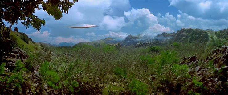 ufo-a-dzsungel-felett