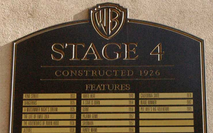 4-es-studio-warner-bros