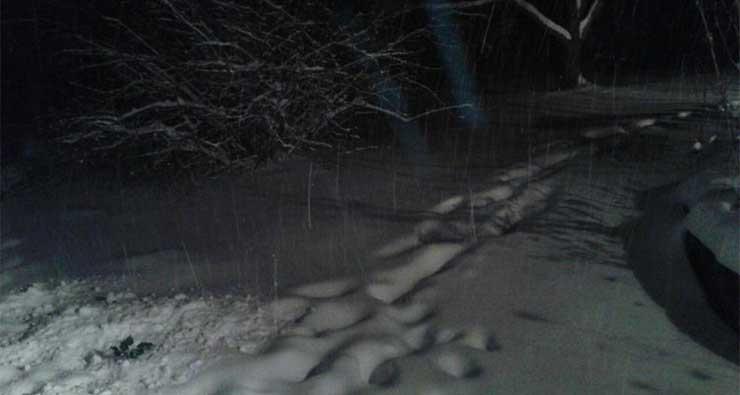elhagyatott-havas-ut